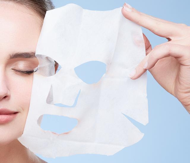 画像: フェイスマスクの回数を増やす