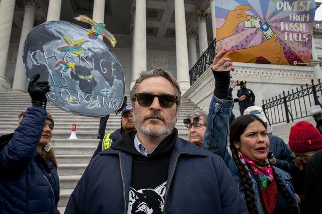 画像: 1月10日のデモに参加したホアキン。