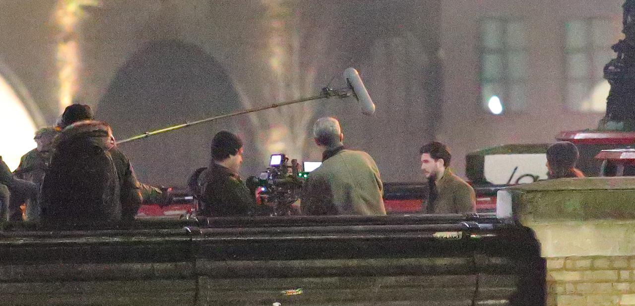 Images : 6番目の画像 - リチャード・マッデンが宙を舞う!MCU新作映画『エターナルズ』の撮影現場が激写 - フロントロウ -海外セレブ情報を発信