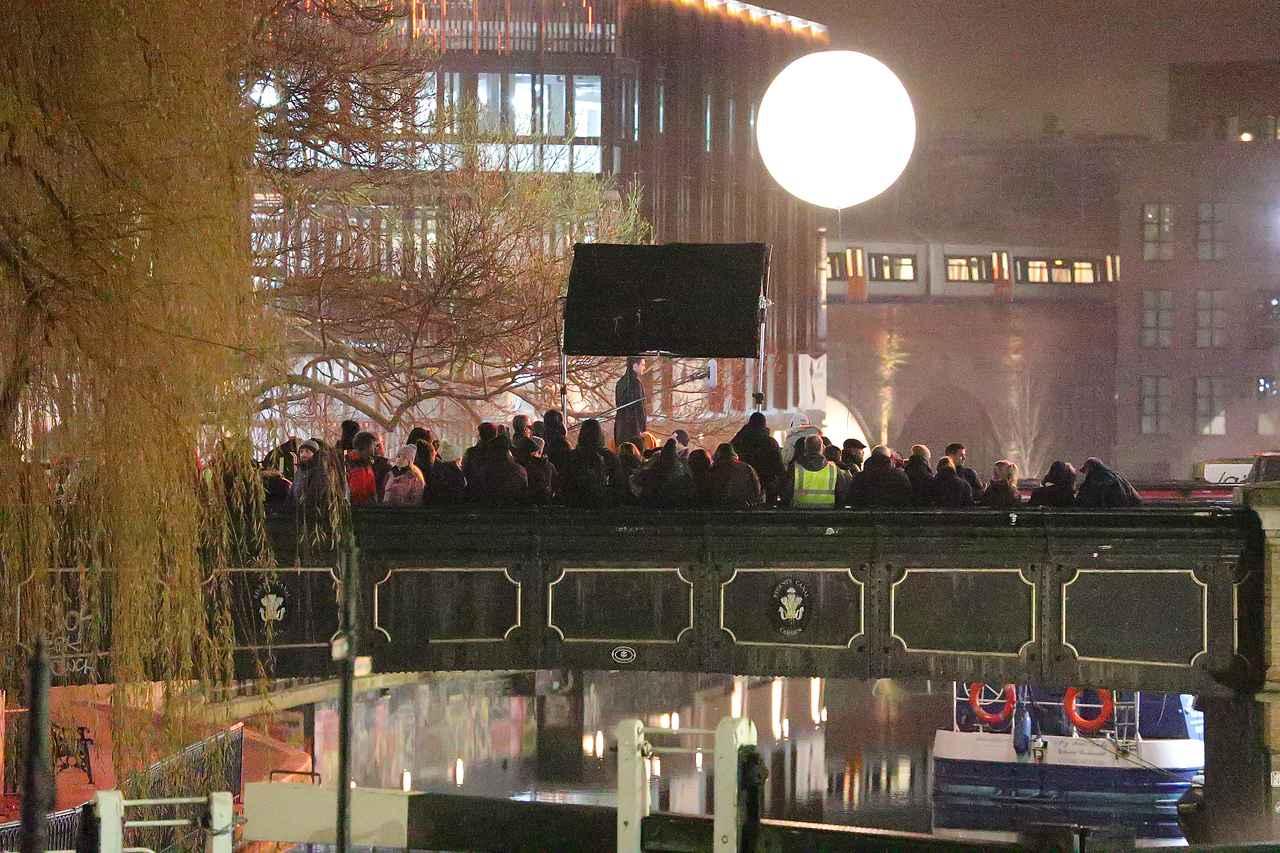 Images : 8番目の画像 - リチャード・マッデンが宙を舞う!MCU新作映画『エターナルズ』の撮影現場が激写 - フロントロウ -海外セレブ情報を発信