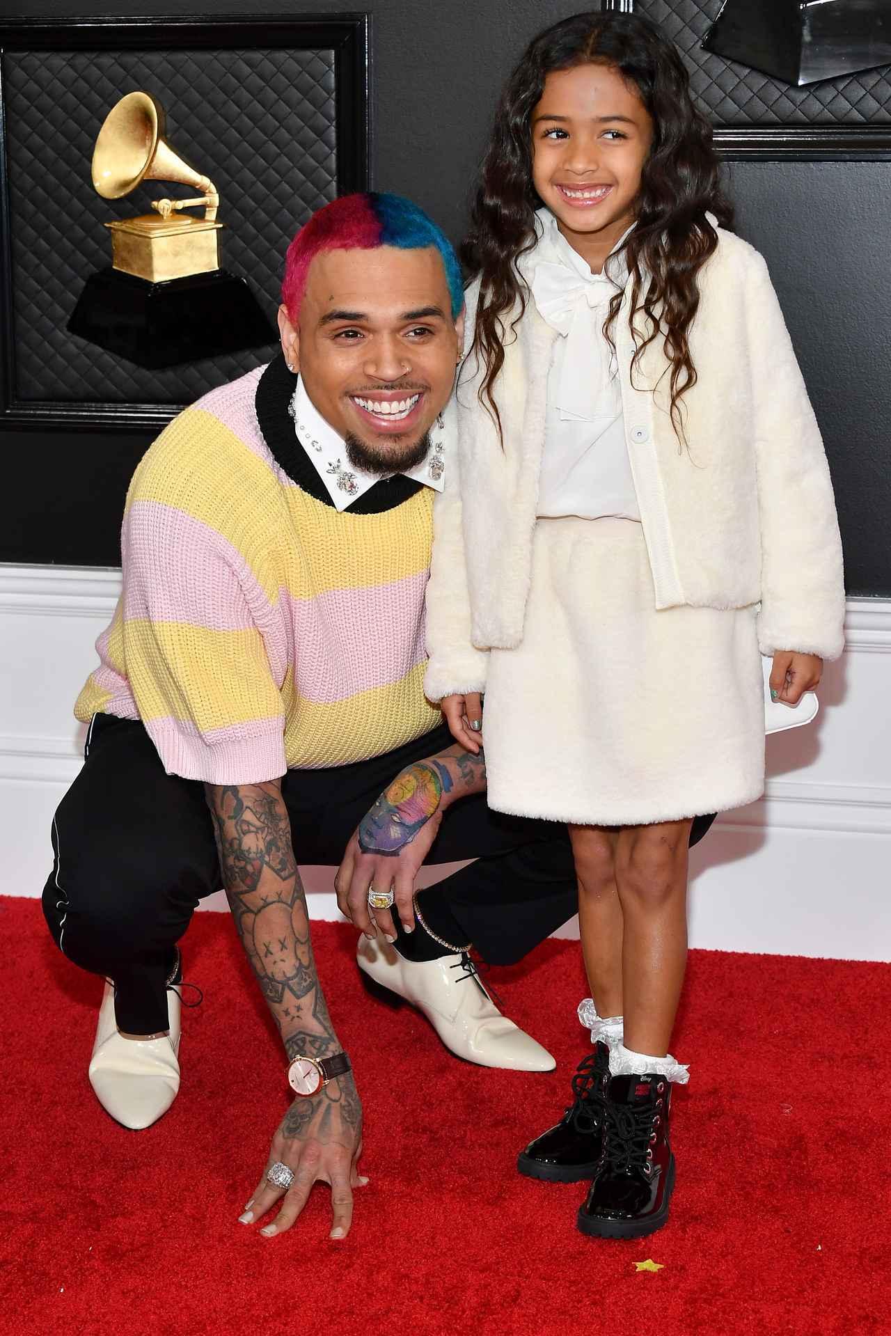 画像: クリス・ブラウンは、娘のロイヤリティちゃんにデレデレ。
