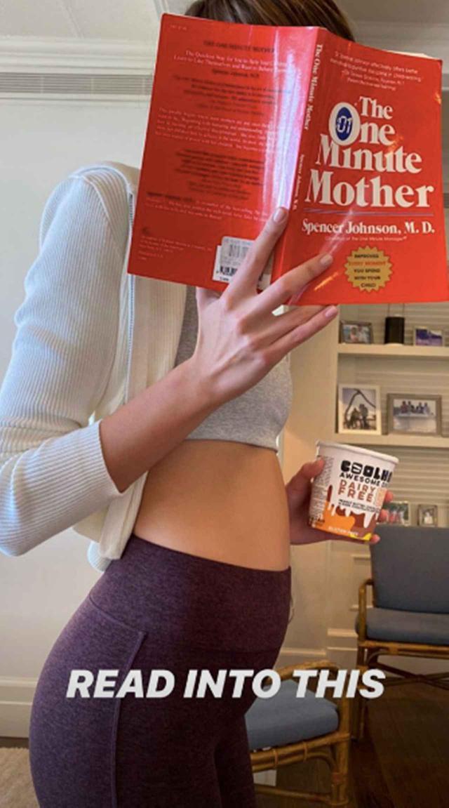 画像1: お腹ぽっこり&子育て本でファンを惑わす