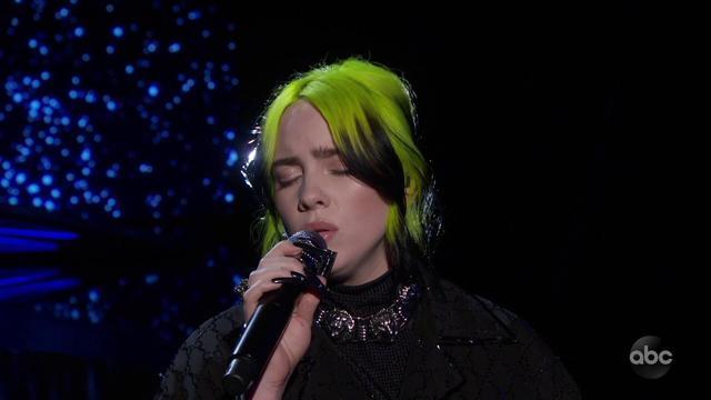 画像: Oscars 2020 In Memoriam Billie Eilish Performance www.youtube.com