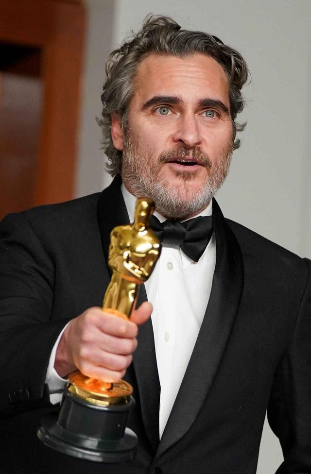 画像: ホアキンがアカデミー賞当日に見ていたのは?