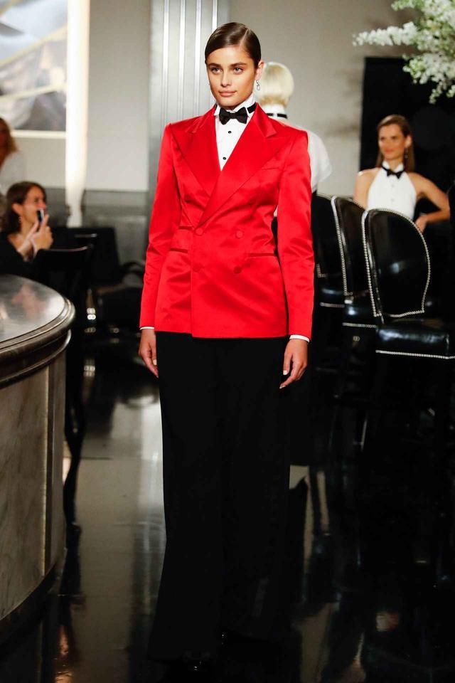 画像: ラルフローレンのファッションショー。