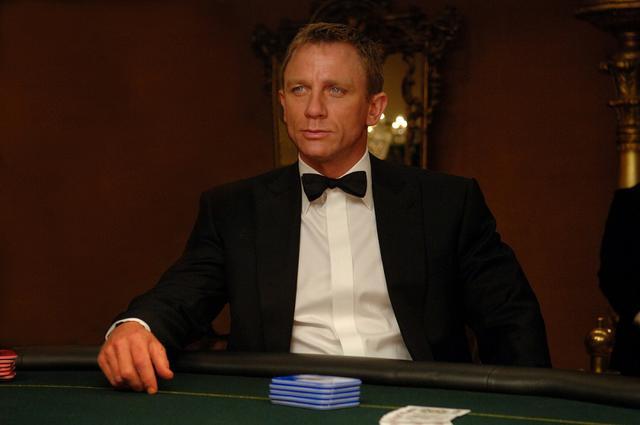 画像: 映画『007 カジノ・ロワイヤル』より。