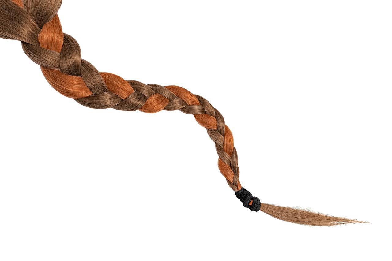 画像: 90'sヘアを今っぽくアレンジした「顔周りブレイズ」
