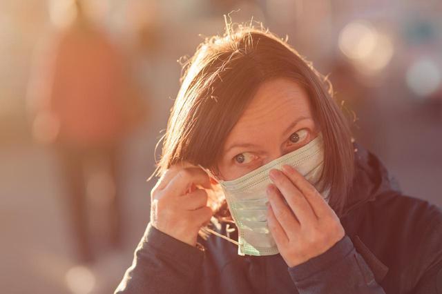 画像: 新型コロナで世界中の人がマスク着用