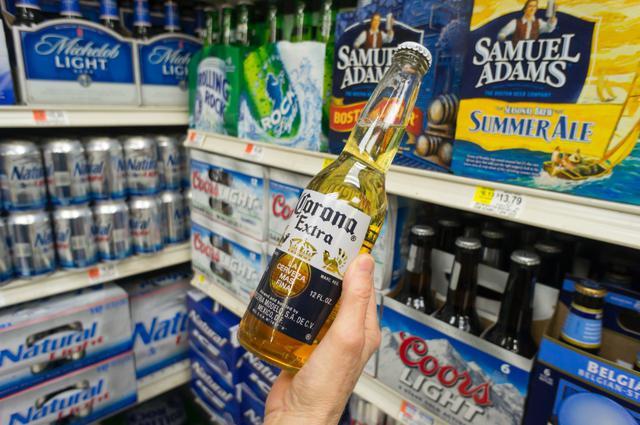画像1: コロナビールが「風評被害」を受けている?