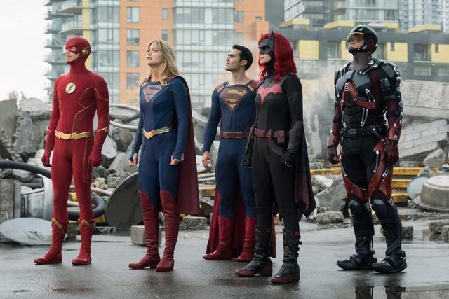 画像1: SUPERGIRL(TM), BATWOMAN(TM) , THE FLASH(TM) , ARROW (TM) , DC'S LEGENDS OF TOMORROW (TM) and all pre-existing characters and elements TM and ©︎DC Comics.©︎2020 Warner Bros. Entertainment Inc. All rights reserved.