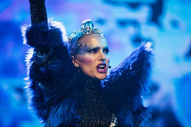 画像1: Motion Picture ©2018 Vox Lux Film Holdings, LLC. All Rights Reserved