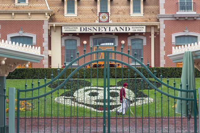 画像2: ディズニーワールドが苦渋の決断