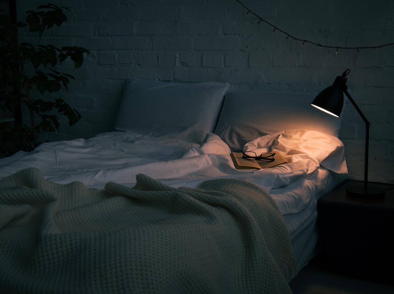 画像: 十分な睡眠をとる