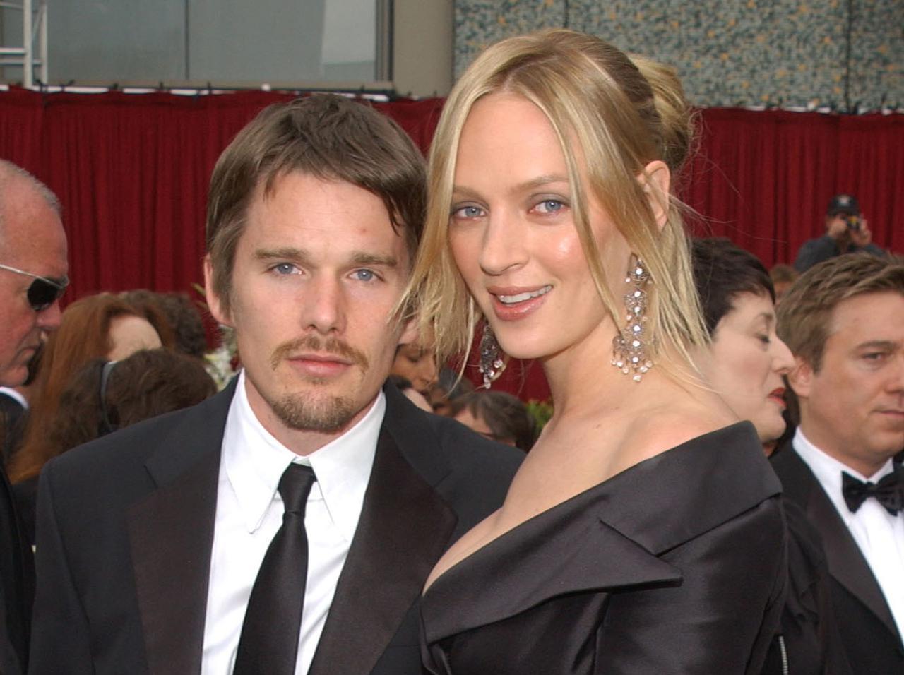 画像: 2002年に第74回アカデミー賞授賞式に出席した際のイーサンとユマ。