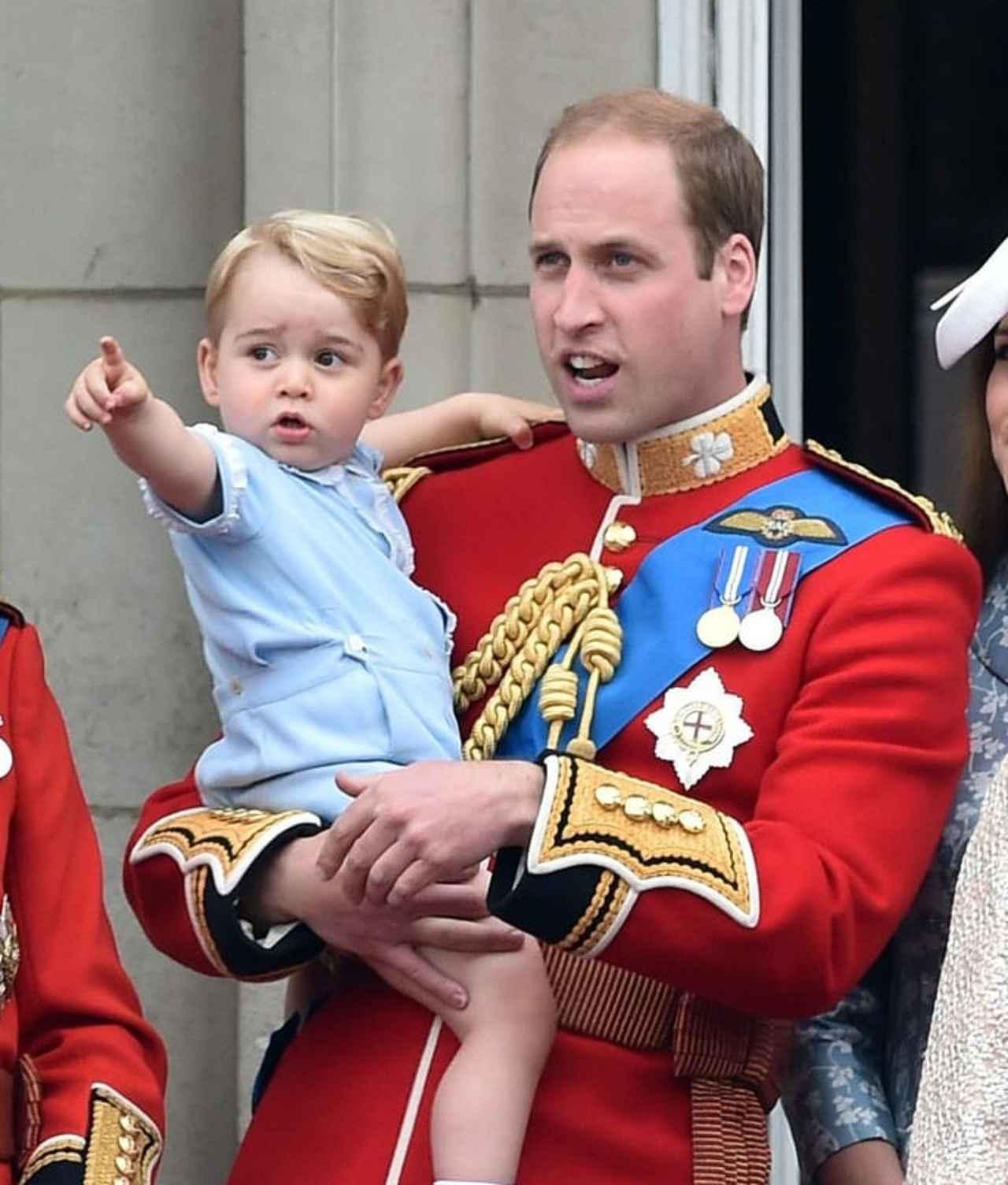 画像: 2015年、2歳の頃のジョージ王子。