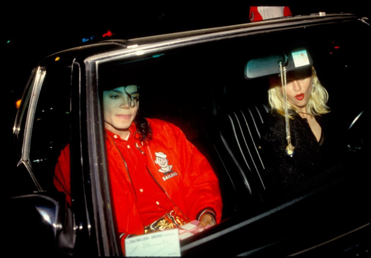 画像: 1991年に撮影されたマイケルとマドンナのデート写真。