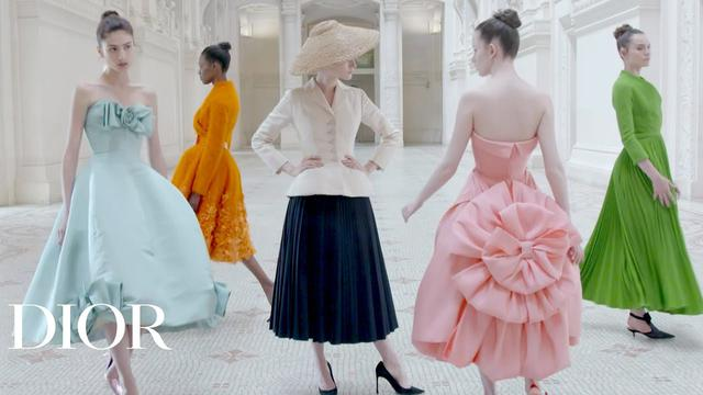 画像: 'Christian Dior, Designer of Dreams' at the Musée des Arts Décoratifs youtu.be