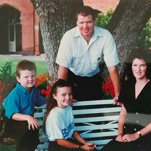 画像: 生い立ち・家族