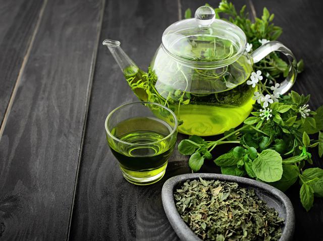 画像: 美白のための「緑茶バス」