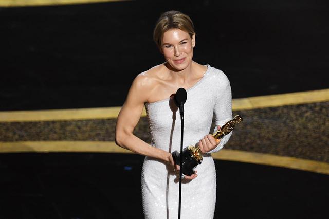 画像: 2020年の第92回アカデミー賞で主演女優賞を受賞したレネー・ゼルヴィガー。
