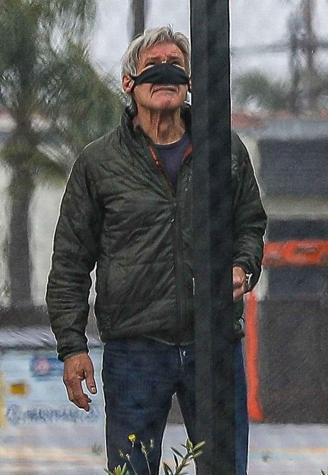 画像3: ハリソン・フォード流、マスクのずらし方