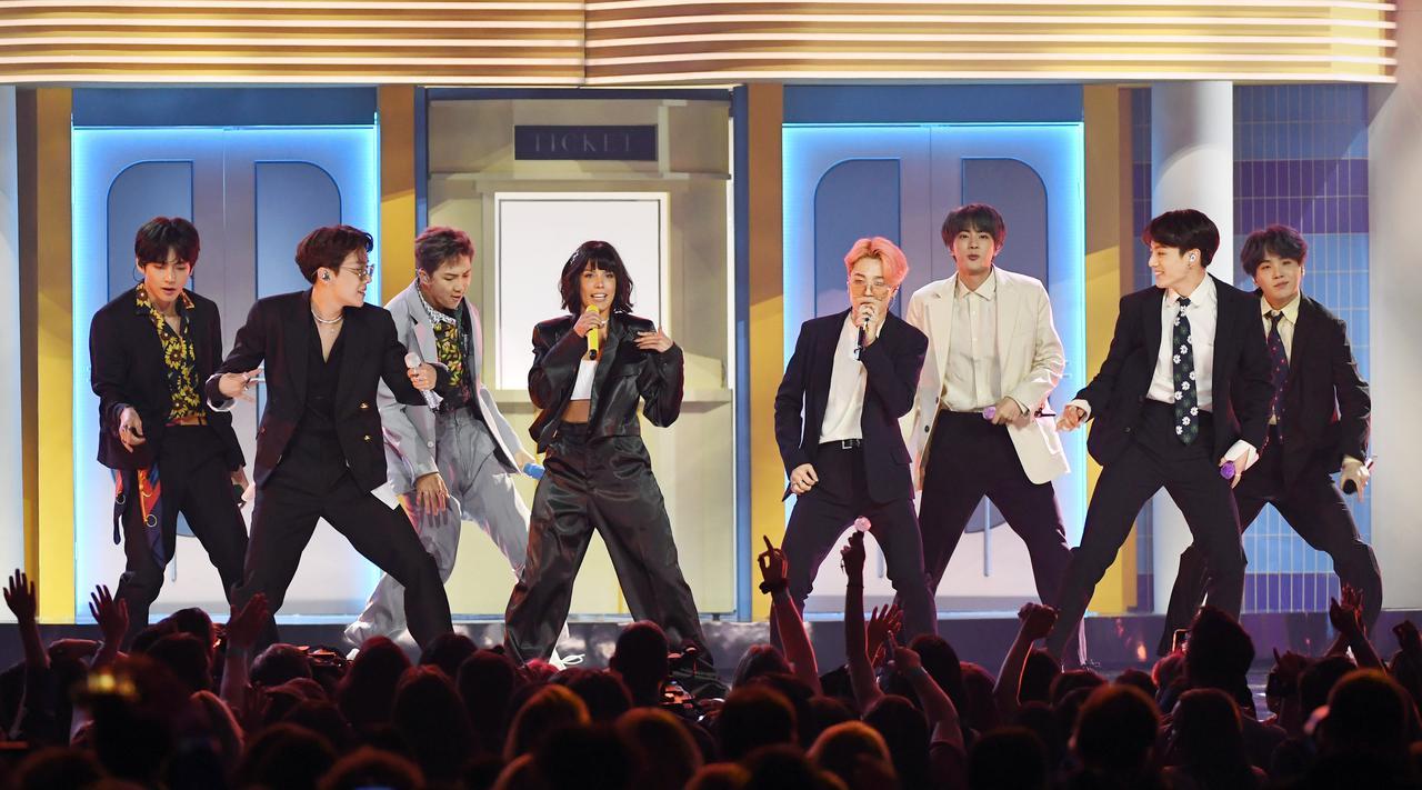 画像: エド・シーラン & BTS feat. ラウヴ「メイク・イット・ライト」