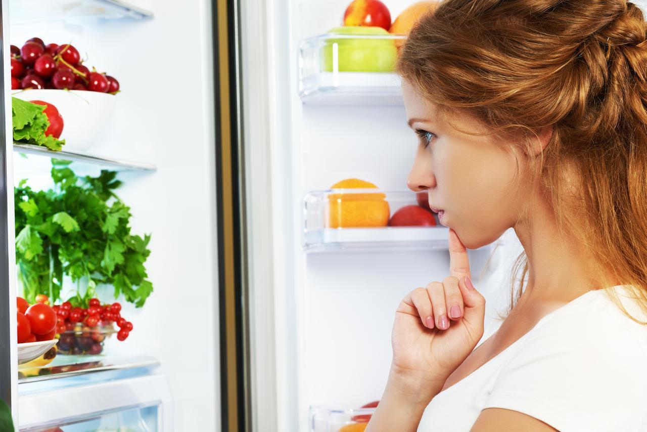 画像: テク1.スキンケア製品は冷蔵庫で冷やす