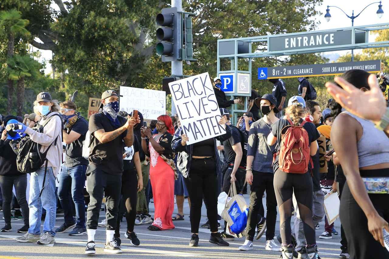 画像: 人種差別に対する抗議の声が広がるアメリカ