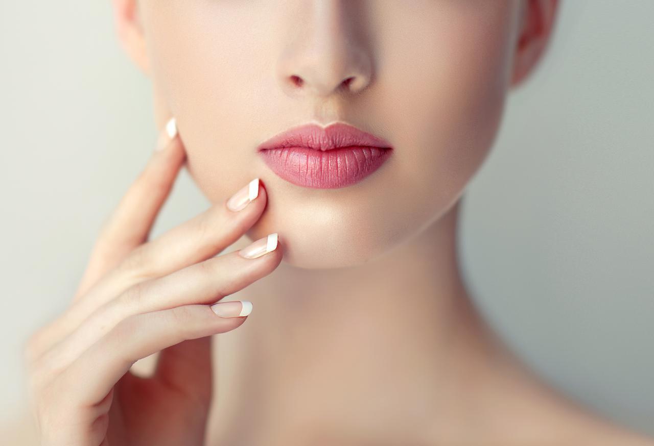 画像: 劣化した化粧品が肌に与える影響