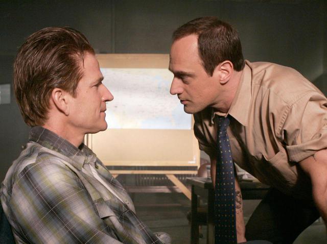 画像: 『LAW & ORDER:性犯罪特捜班』よりマシュー・モディーン(左)とクリストファー・メローニ(右)。 ⓒNBC / HART, WILL / Album