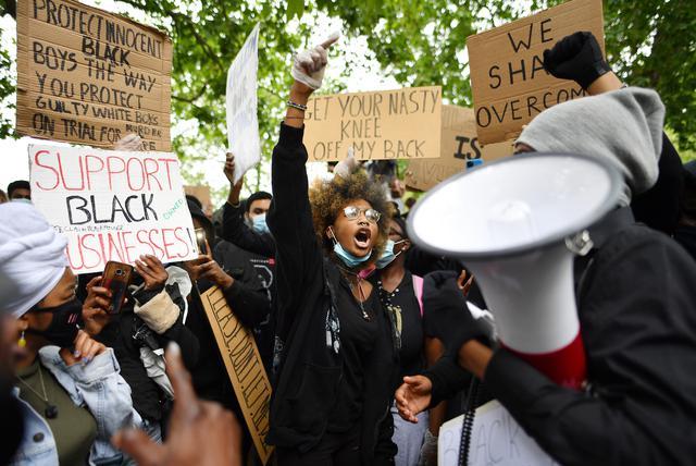 画像: デモに対する美容業界の動向