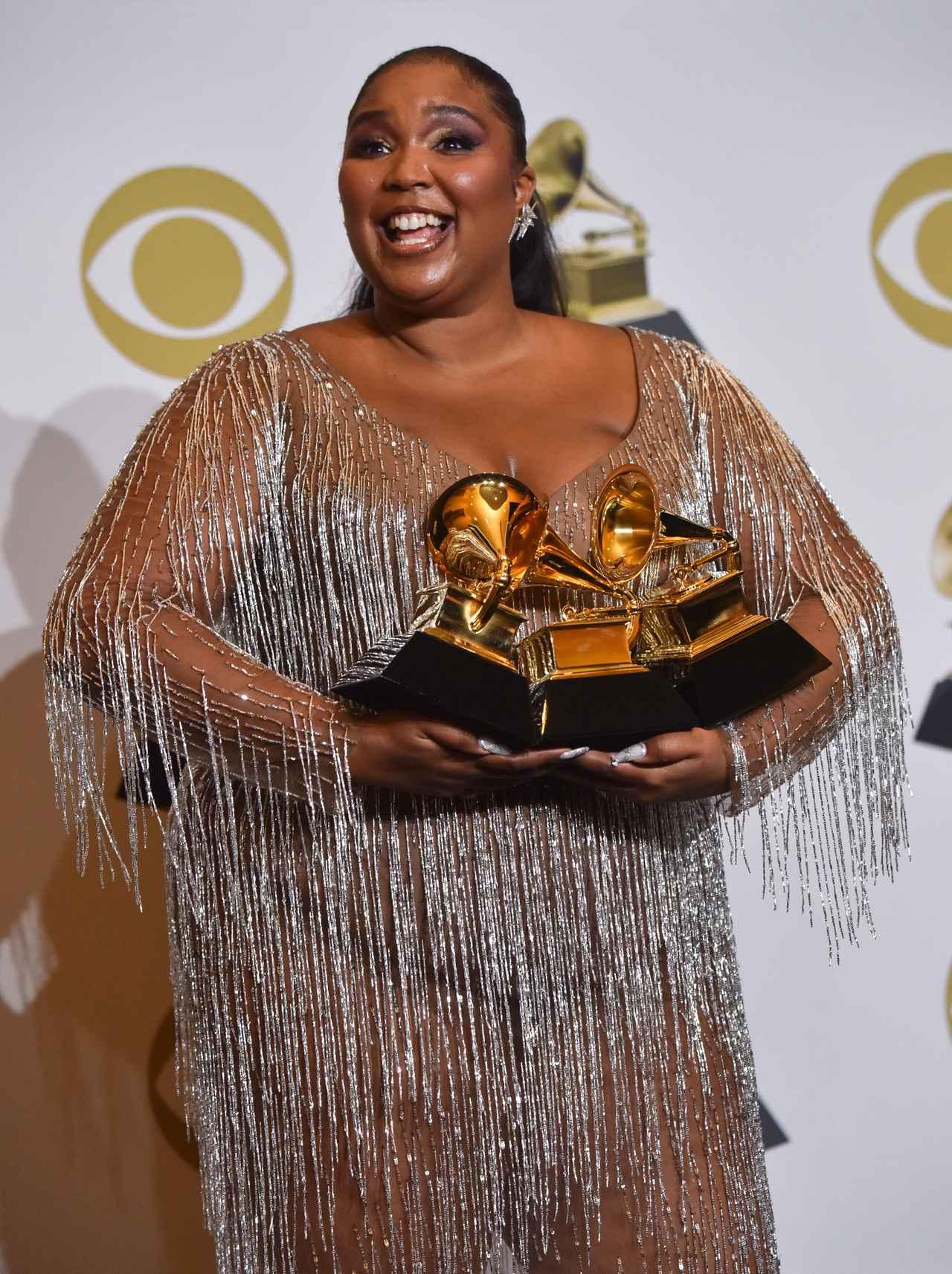 画像: 今年のグラミー賞で最優秀アーバン・コンテンポラリー・アルバム賞を受賞したリゾ。
