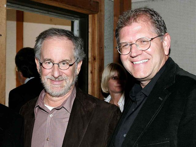 画像: スティーブン・スピルバーグ(左)とロバート・ゼメキス(右)