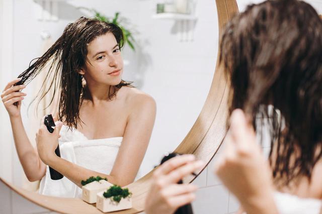 画像: NG1.髪の水分量が多い