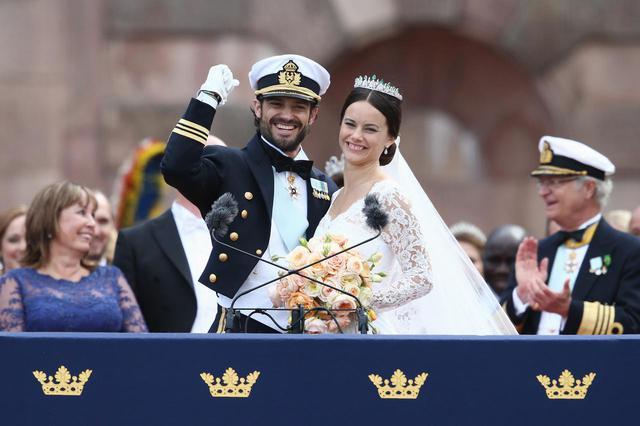 画像: 2015年に結婚したカール・フィリップ王子とソフィア妃