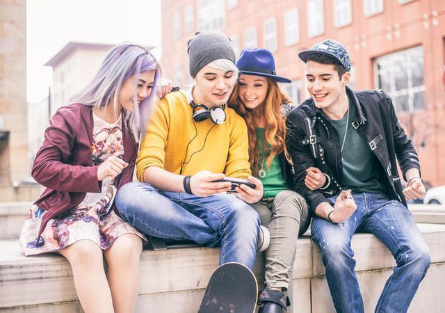 画像: 若い世代ほどブルーライト対策をすべき