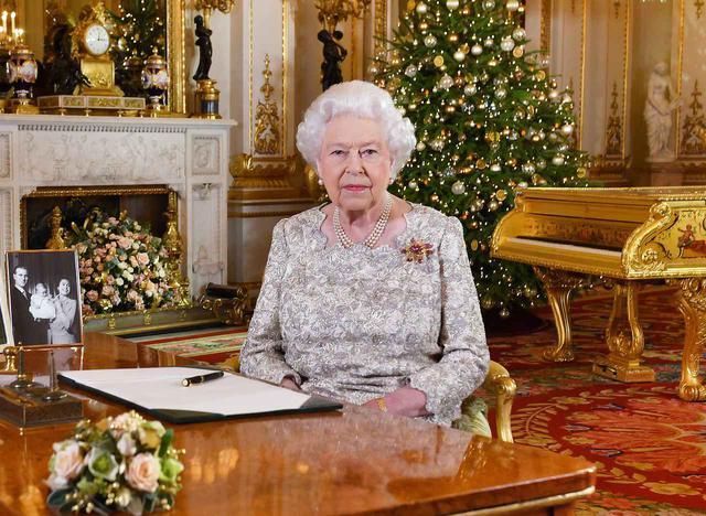 画像1: エリザベス女王/ガンガン、ガリー、ティラベット、リリベット、キャベツ