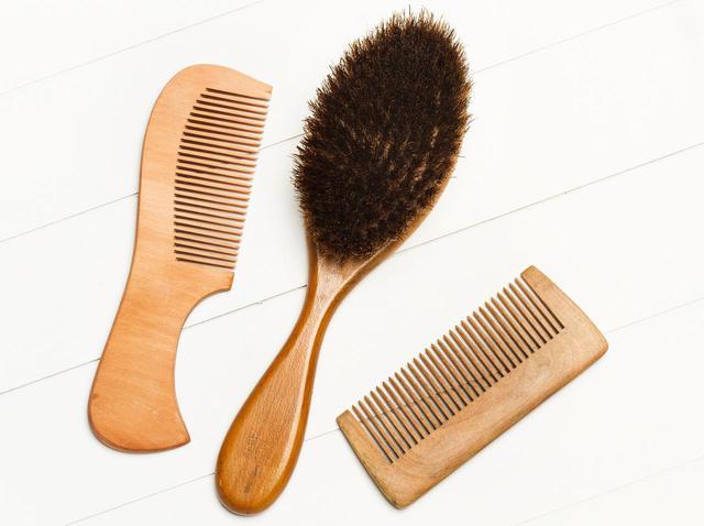 画像: 髪のボリュームがダウンする習慣