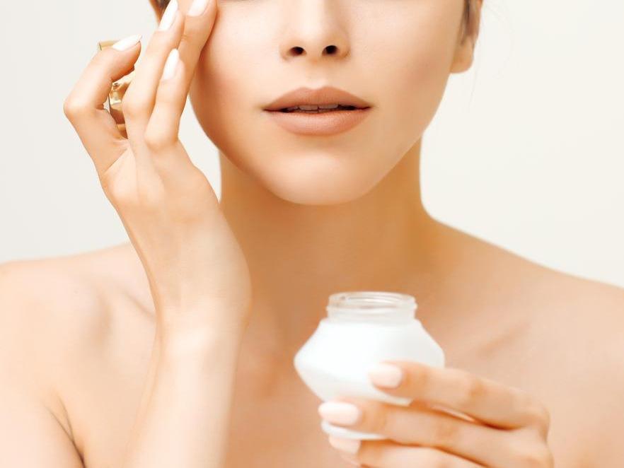 画像: コツ1.化粧下地で汗や皮脂をブロック