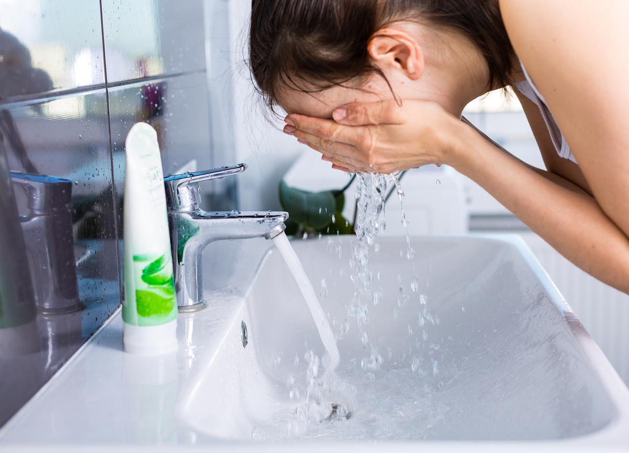 画像: 1.サリチル酸でニキビの悪化を防ぐ