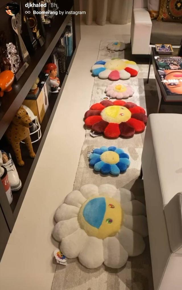 画像2: DJキャレドが日本人アーティストのコレクションの一部を公開