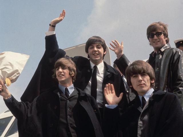 画像: ビートルズの「270億円の再結成」をボツにしたのはまさかのサメ - フロントロウ -海外セレブ情報を発信
