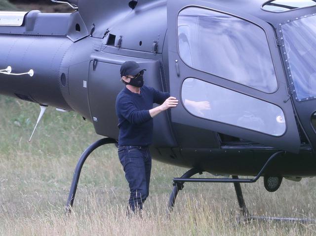 画像: トム・クルーズ、撮影の合間にわざわざ「ヘリコプターで向かった場所」がさすが - フロントロウ -海外セレブ情報を発信