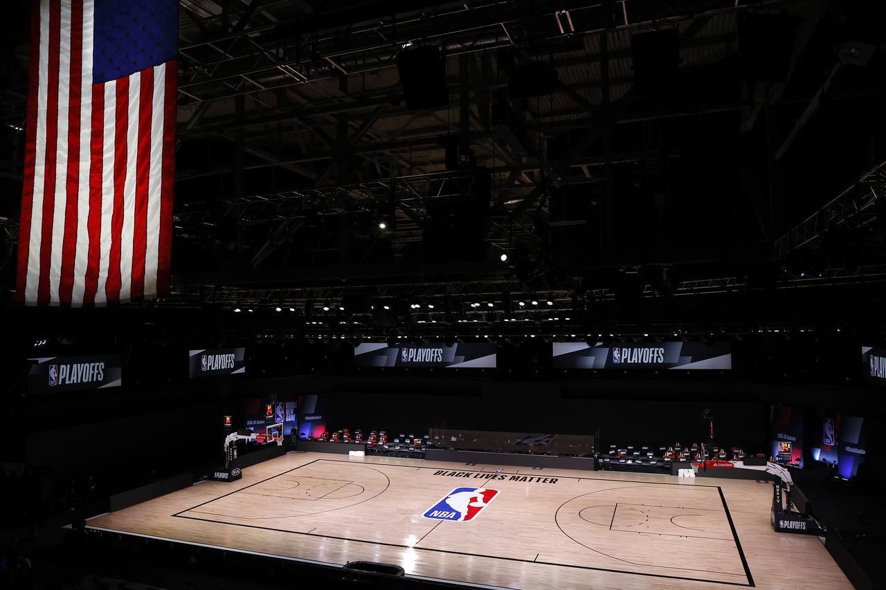 画像: 8月23日、選手が現れなかった試合会場。