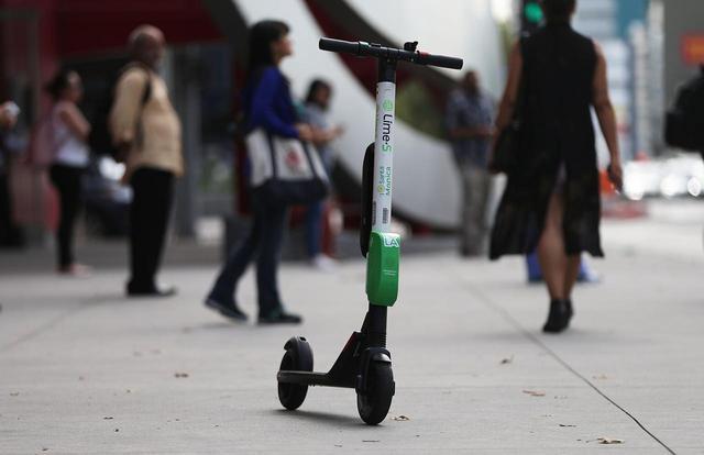 画像: 電動スクーターの事故が多発