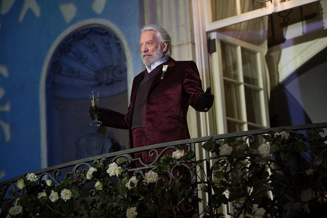 画像: ドナルド・サザーランド演じるスノー大統領。『ハンガー・ゲーム2』より。©Lionsgate/COLOR FORCE / Album/Newscom