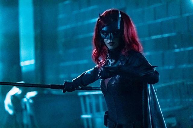 画像: シーズン1でのルビー・ローズ演じるケイト・ケインのスーツ。BATWOMAN TM & © DC. © 2020 Warner Bros. Entertainment Inc. All rights reserved.