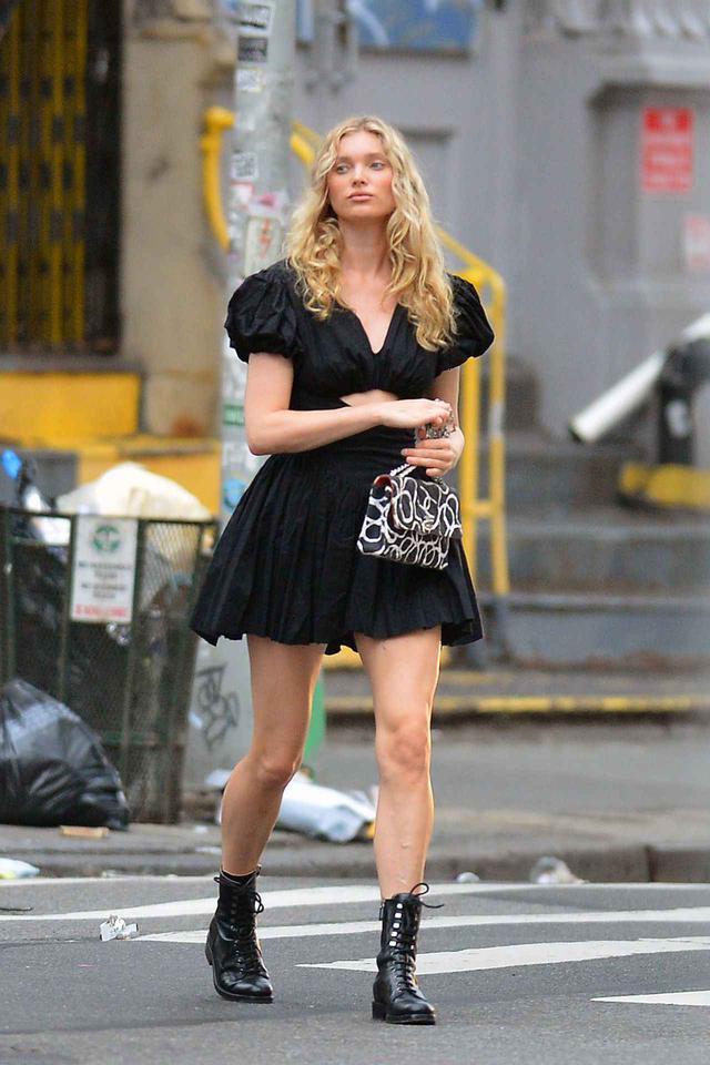 画像: 人気モデルのエルザ・ホスク