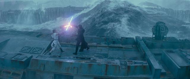 画像: 『スター・ウォーズ/スカイウォーカーの夜明け』より © 2020 Lucasfilm Ltd. 10月9日(金)よりディズニープラスで独占配信開始