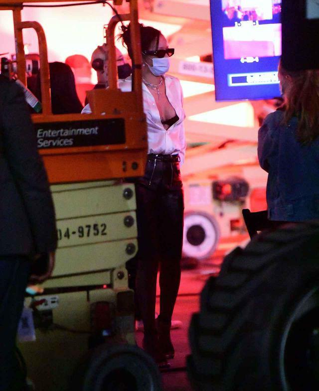 画像2: リアーナがロサンゼルスで撮影